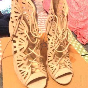 New York and company heels
